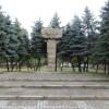 Pomnik12